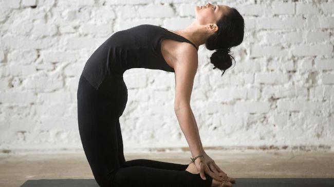 Ashtanga, hasta dan viyasa, merupakan tiga dari sepuluh jenis yoga yang memberi manfaat berbeda bagi tubuh.