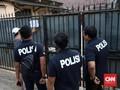 Polisi Geledah Rumah Buronan Kasus Korupsi Kondensat