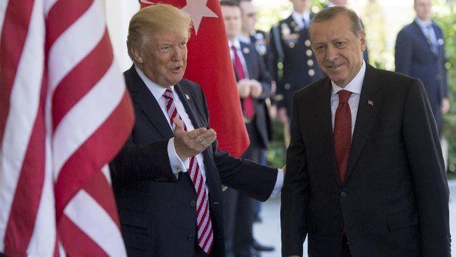 Trump Minta Erdogan Jelaskan Ancaman Tutup Basis Militer AS