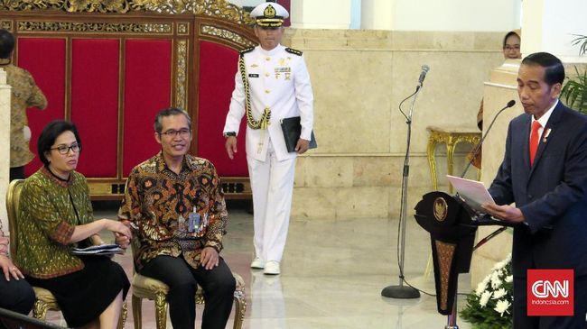 Jokowi menyebut penyelewenangan dana desa bisa menyeret pengelolanya menjadi tersangka kasus korupsi. KPK akan diajak serta dalam pengawasannya.