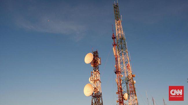 Kemenkominfo menyebut implementasi 5G di frekuensi tinggi bakal boros investasi karena perlu lebih banyak menara BTS untuk sediakan cakupan sinyal yang luas.