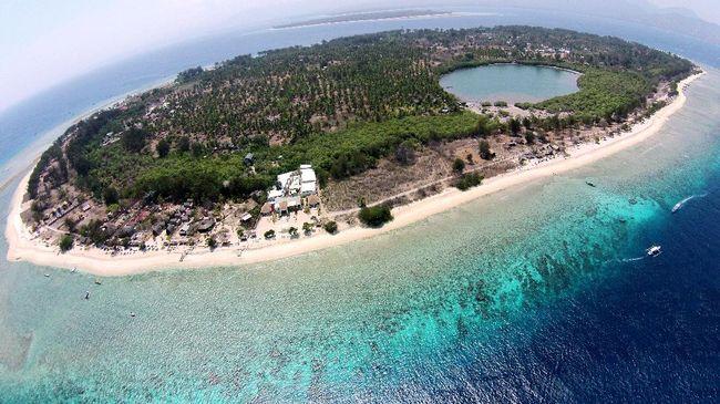 Pulau Kecil Indah di Sekitar Gili Meno