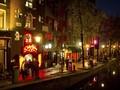 Antisipasi Corona, Belanda Tutup Bar sampai Kafe Ganja