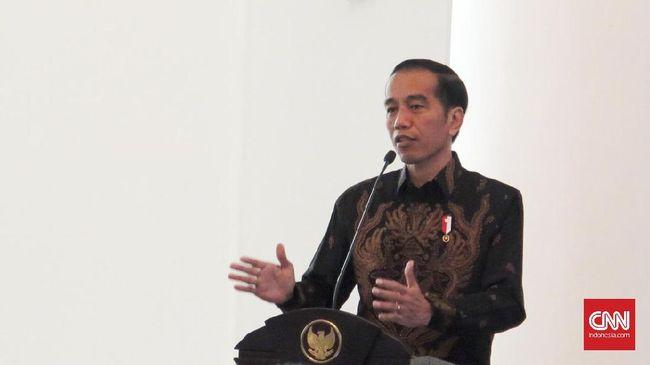 Presiden Jokowi meminta seluruh pihak tak menjadikan rencana pemerintah memfasilitasi zakat para pegawai negeri sipil (PNS) sebagai polemik.
