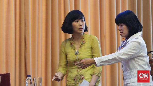 Netizen turut bereaksi terhadap gugatan cerai Ahok terhadap Veronica Tan. Ada yang mengaku sedih, namun tak sedikit yang menganggapnya berita hoaks.