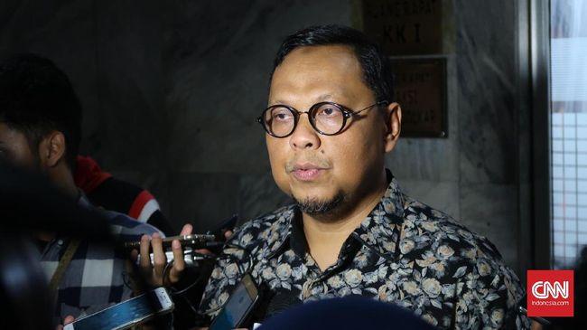 Lukman Edy berpendapat usulan soal pembentukan paguyuban korban Jokowi merupakan bentuk kampanye negatif yang ditujukan ke Jokowi. Usul tersebut tak produktif.