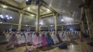 Takmir Masjid Gede Imbau Umat Islam Jadi Pelopor Cegah Corona