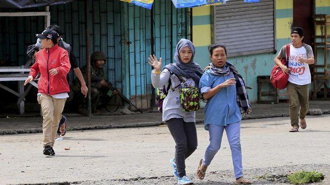 Upaya membebaskan ribuan warga sipil yang terjebak dalam bentrokan di Marawi gagal, karena baku tembak kembali pecah, Minggu (4/6).