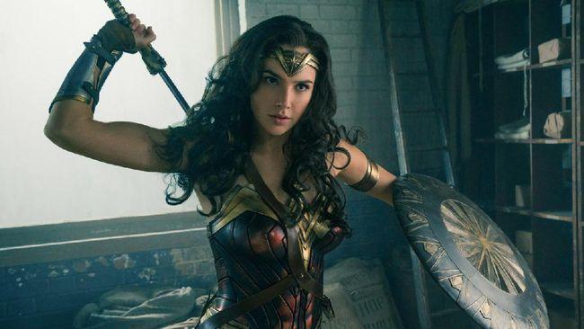 Wonder Woman 1984 bakal tayang serempak di HBO Max dan bioskop, 25 Desember untuk Amerika Serikat dan 16 Desember untuk kawasan di luar AS.