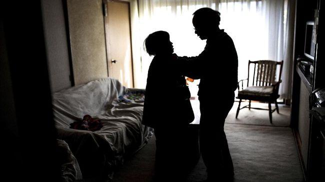 Demensia atau yang yang lebih dikenal dengan penyakit 'pikun' kerap dianggap remeh karena mayoritas hanya diidap oleh mereka yang berusia di atas 65 tahun