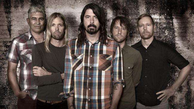 Foo Fighters resmi mengenalkan karya terbaru mereka melalui lagu Shame Shame yang merupakan bagian dari album kesepuluh, Medicine At Midnight.
