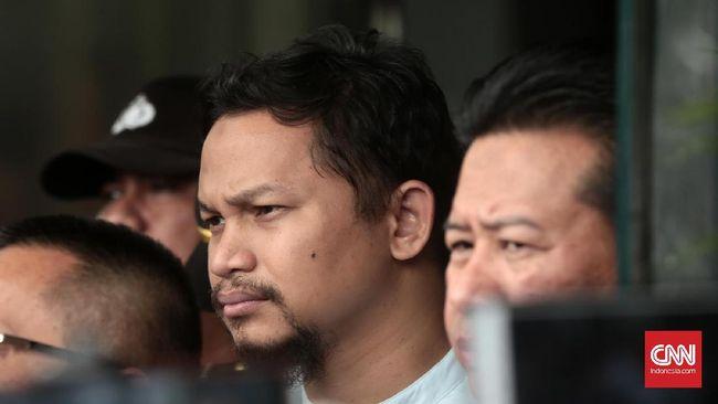 Jajaran Polres Subang tengah menyelidiki kasus kecelakaan yang melibatkan Hanafi. Polisi juga sudah melakukan olah TKP dan memeriksa CCTV di sekitar lokasi.