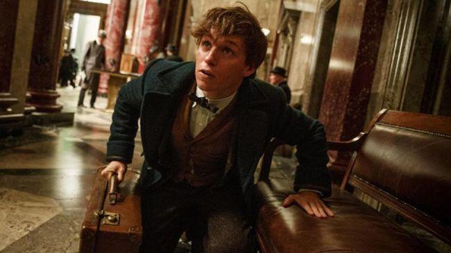 Dalam sekuel 'Fantastic Beast' yang akan tayang tahun ini, manusia bukan penyihir disebut sebagai 'non-magique,' lantaran seri ini mengambil latar di Prancis.