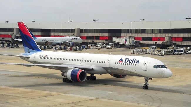 Delta Air Lines akan memberhentikan 1.941 pilot pada Oktober mendatang.