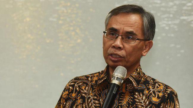 OJK menyatakan dana Rp20 miliar milik Winda Lunardi yang raib dari rekening mereka di PT Maybank Indonesia Tbk, bisa kembali asal nasabah tidak terbukti salah.