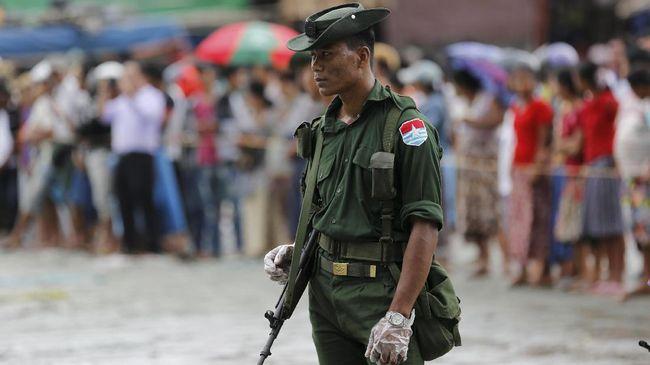 Pemerintah Australia menjatuhkan sanksi terhadap lima pejabat militer Myanmar yang dituduh mengawasi kekerasan terhadap Rohingya.