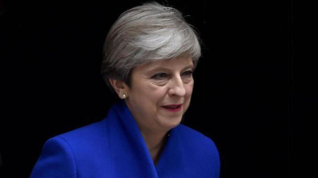 Perdana Menteri Inggris Theresa May mengatakan kepada anggota parlemen bahwa dia berencana untuk mundur sebelum pemilihan 2022.