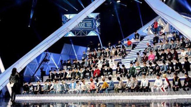 Di Korea, masyarakat menggemari ajang pencarian bakat karena memungkinkan orang biasa jadi idola, sekaligus jadi peluang mengeruk cuan.