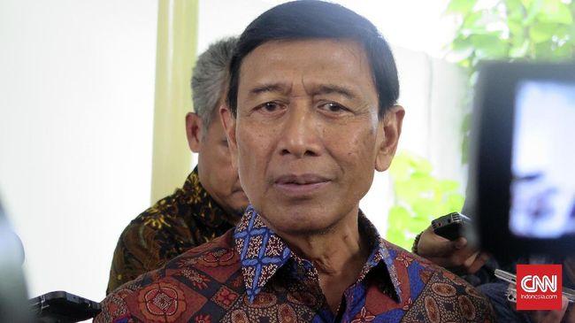 Wiranto menjadi sosok 'kunci' dalam pertemuan antara GNPF-MUI dengan Jokowi di Istana Negara. Dia dianggap dekat dengan kelompok Islam sejak 1998.