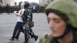 Polisi Rusia Tangkap 519 Pedemo Pembebasan Navalny