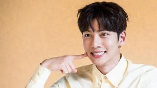 Kim Jiwon-Changwook Diincar Drama PD It's Okay to Not Be Okay