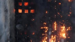 Tim SAR: Banyak Korban Terperangkap Dalam Kebakaran London