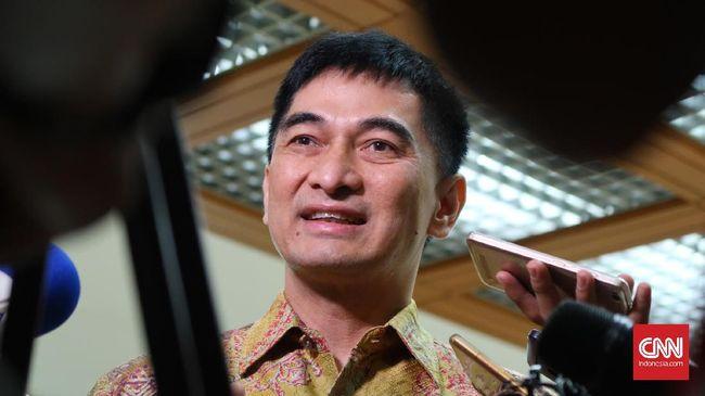 PKS mengkritik rencana pembuatan pedoman interpretasi UU ITE karena semestinya tetap direvisi untuk memudahkan penerapan.