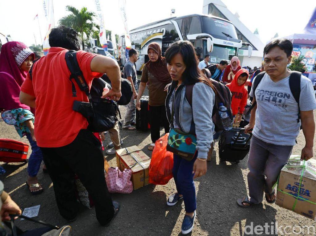 Libur Lebaran Usai, 2 Juta Lebih Warga Belum Kembali ke Jakarta