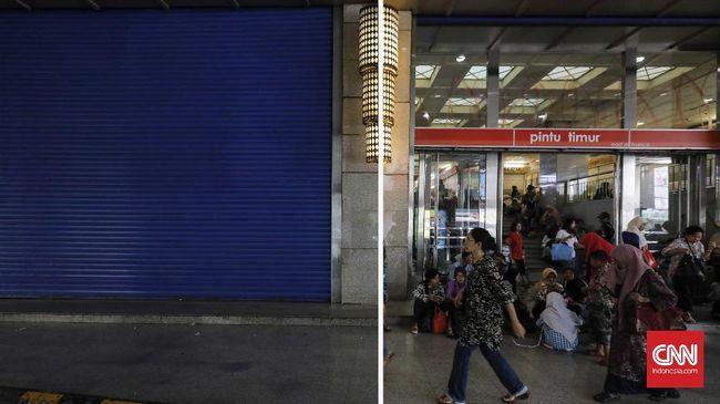 Para pedagang mengeluhkan lesunya penjualan jika dibandingkan bulan Ramadan tahun-tahun sebelumnya, antara lain disebabkan maraknya toko online.