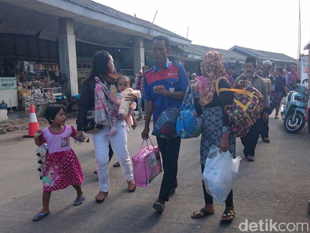 Pemudik yang Kembali ke Jawa dari Sumatera via Merak Meningkat