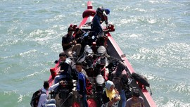 Antisipasi Pemudik Sewa Perahu, Polisi Dekati Nelayan Jatim
