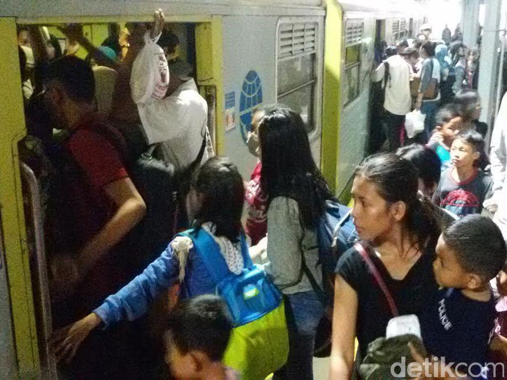 Hari ini 9.894 Pemudik Berangkat Balik dari Stasiun Tugu Yogya