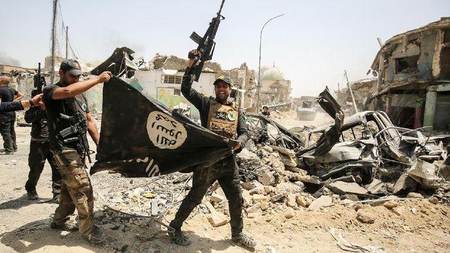 Kelompok militan ISIS mengklaim bertanggung jawab atas satu serangan mematikan di markas militer Nigeria, pada Selasa (10/12).