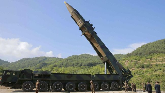 Rudal balistik yang diluncurkan Korea Utara ke wilayah laut Jepang disebut juru bicara Pentagon, AS berjenis ICBM atau Intercontinental Ballistic Missile.