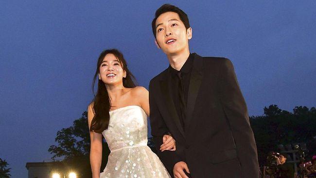 Sebelum memutuskan berpacaran dengan Song Joong Ki, aktris Korea Selatan Song Hye Kyo pernah berpacaran dengan beberapa selebriti pria kondang lainnya.