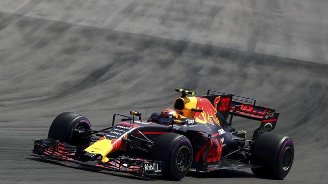 Pembalap Red Bull Racing Max Verstappen keluar sebagai yang tercepat pada tes bebas pertama (FP) 1 Formula 1 GP Inggris, Jumat (31/7).