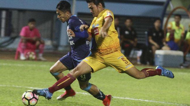 Hampir sepekan menjelang permulaan Liga 1, Persib Bandung masih mencari pemain baru. Boby Satria, menjadi pemain terbaru yang mengikuti trial di Persib.