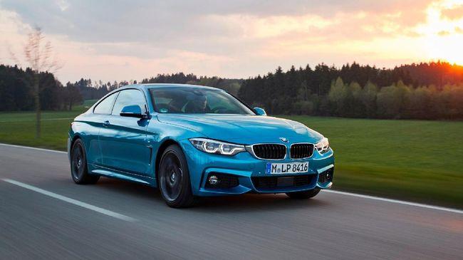 BMW memperkenalkan BMW 440i Coupé M Sport dan BMW 430i Convertible debgan desain mewah elegan dan performa terbaik di kelasnya.