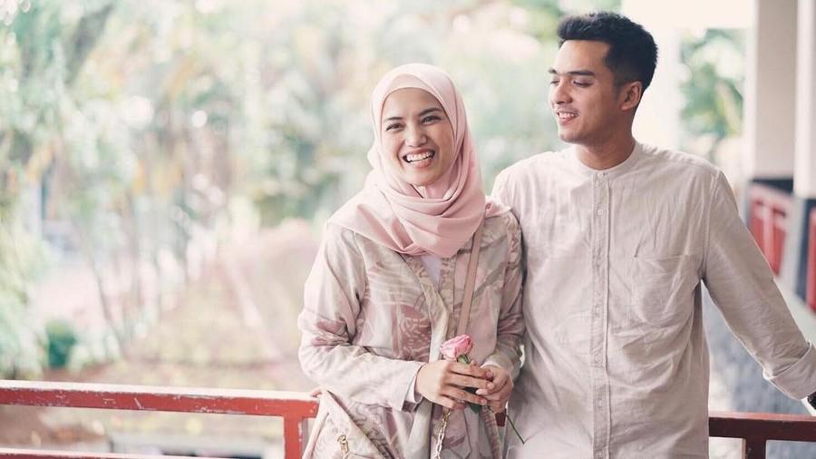 Kebahagiaan Ricky Harun dan Istri Sambut Kelahiran Anak Ketiga