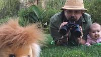 <p>Wah, para pemburu bertemu dengan singa. (Foto: Instagram/@sbsolly)</p>