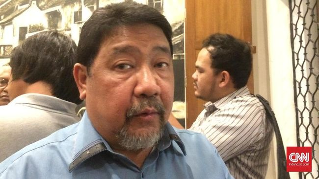 Salah satu anggota tim gabungan menyatakan kasus Novel Baswedan adalah high profile, sehingga bisa diduga teror air keras atasnya diduga motif politik.