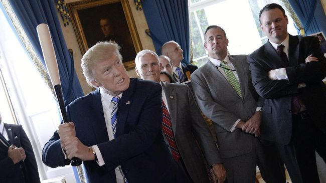 Transkrip pembicaraan antara Presiden Trump dan Pena Nieto menunjukkan pemimpin AS menggunakan gertakan dalam diplomasi dengan Meksiko.