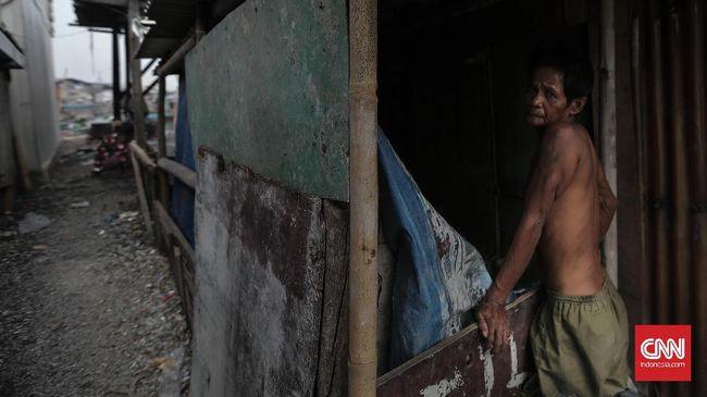 Presiden Joko Widodo mengantongi jumlah penduduk miskin sebanyak 25,95 juta orang, sedangkan Susilo Bambang Yudhoyono menyebut masih ada 100 juta orang miskin.