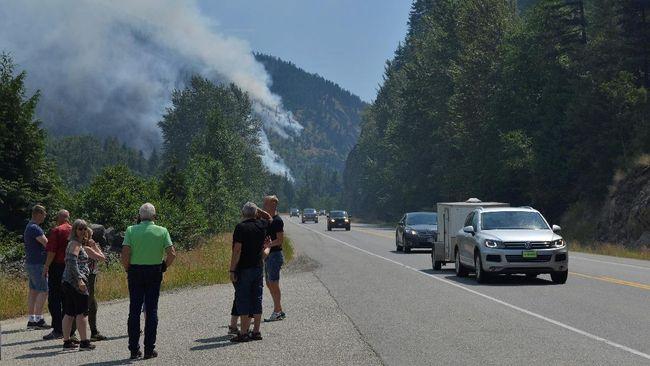 Kebakaran Hutan Parah di Kanada, 40 Ribu Warga Dievakuasi