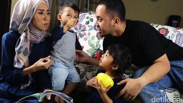 Cara Mengasuh Anak Laki-laki dan Perempuan, Haruskah Dibedakan?