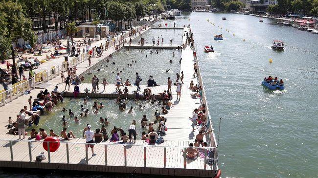 Berkaca pada kasus saya, pemanasan global sangat berdampak pada takdir saya bergaya di Paris.