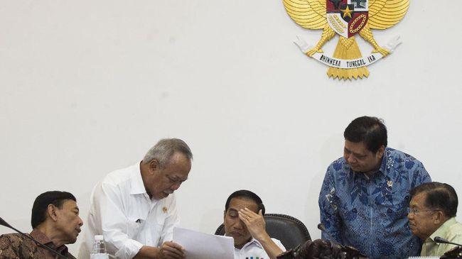 Kementerian PUPR memastikan tidak ada proyek infrastruktur yang menggunakan APBN yang ditunda karena kebijakan pembatasan impor oleh pemerintah.