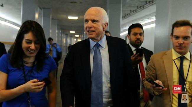 Senator Partai Republik John McCain menyebut konferensi pers yang digelar usai Donald Trump bertemu Presiden Rusia Vladimir Putin sebagai hal paling memalukan.