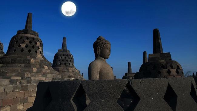 Menteri Koordinator Bidang Kemaritiman Luhut Binsar Panjaitan bersama Menteri Pariwisata Arief Yahya meresmikan Badan Otorita Pariwisata (BOP) Borobudur.