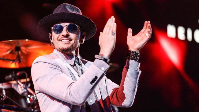 Sebelum meninggal, Chester Bennington sempat syuting Carpool Karaoke bersama Linkin Park dan mengaku itu adalah hari terindah dalam hidupnya.